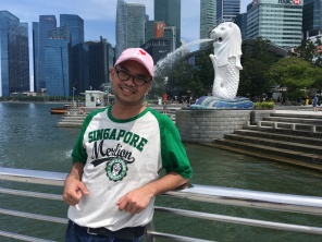 My tourist photo at the Merlion Park, June 28, 2019.